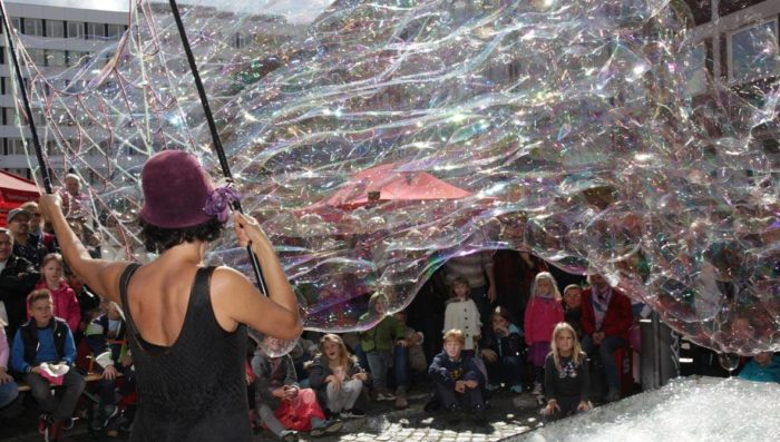 Street Artists Festival Sion 1-2 June  – Acrobats, puppets, clowns and more